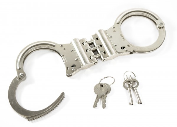 High-security handcuff with wide hinge, nickel-plated steel